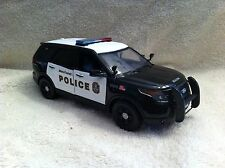1/24 SCALE DC METRO TRANSIT POLICE FD UTILITY UT MODEL WITH WORKING LIGHTS/SIREN