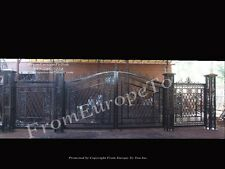 28ft. VICTORIAN STYLEHAND MADE CAST IRON DRIVEWAY GATES AND PILLARS GATE37