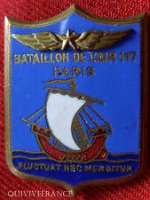 IN5641 - INSIGNE Bataillon de l'Air 117, émail, ailes relief, dos guilloché