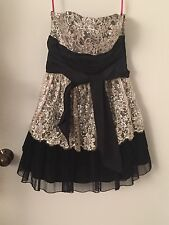 Betsey Johnson Party Strapless Black Tulle Dress Sequin Ivory Lace Top Size 6