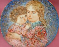 EDWIN KNOWLES EDNA HIBEL MOTHER'S DAY PLATE 1985 ~ ERICA & JAMIE