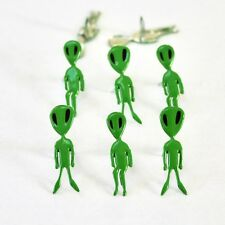 ALIEN   BRADS *  EYELET OUTLET  8 PCS OUTER SPACE NEW 2 DESIGNS