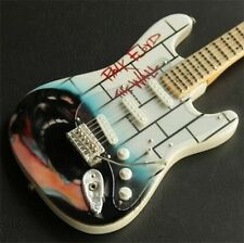 RARE ! PINK FLOYD GUITARE MINIATURE The WALL Collector ROGER WATERS DAVID GILMOU