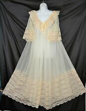 VTG Intime Magnificent  Four layer Ivory Chiffon Peignoir Robe Nightgown Set med