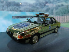 1/43 White Rose Collectables Ford Mustang Police gold