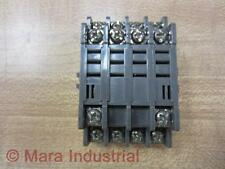 Idec SH4B-02 Relay Socket SH4B02 Some Rust On Screws - New No Box