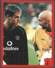 FUTERA-MANCHESTER UNITED-EUROPE-2001- #177-PHIL NEVILLE & FABIEN BARTHEZ DISCUSS