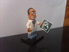 Mini-figure LEGO MINIFIGURES The Simpsons série 2: Dr HIBBERT - COMME NEUVE