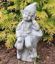 Niño sentado jardín en piedra de hadas de registro sólido Decoración De Jardín Escultura DS5302