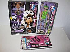 Monster High LOT Clawdeen Wolf Ghoul's Alive Deuce Gorgon Doll & Freaky Hair Set