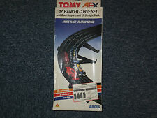 AFX Tomy BANK set, 4 SUPPORTS+4 12'' banks, EXCELLENT Aurora HO TRACK BOXED
