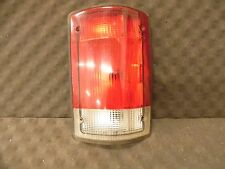 95-04 FORD E150 VAN RIGHT TAIL LIGHT