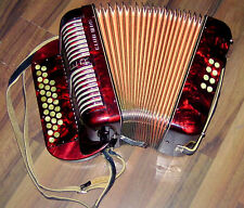 MADE IN GERMANY RED HOHNER C/F CLUB III BS DIATONIC  BUTTON  ACCORDION