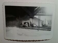 Vintage Photo Black & White Old Electric Toy Train Room Set Tunnel Man Cave Cool