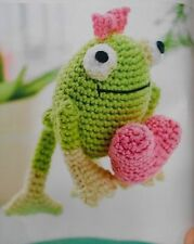Crochet pattern grenouille st-valentin toy doll love coeur 9cm grand modèle