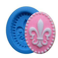 Fleur de Lis Cameo Mini Silicone Mold for Fondant, Gum Paste, Chocolate, Crafts