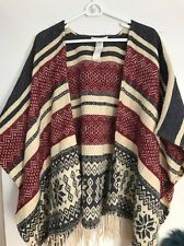 women's  Forever 21 Poncho One Size Great Used Condition