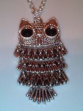 Large movable owl on a silver coloured chain animal/insect 18 inch chain