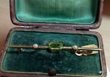 Bar Brooch antique peridot and seed pearl 15 carat gold