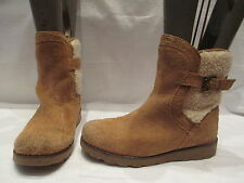 AUTHENTIC UGG AUSTRALIA BEIGE SUEDE PULL ON ANKLE BOOTS UK 2 EU 33 (377)