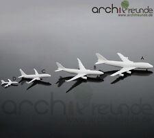 2 x schöne Modell Flugzeug Typ C - 4cm für Flughafen Modellbau 1:800 - 1:1500