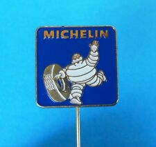 MICHELIN tires - old pin badge tyres tyre tire anstecknadel reifen pneumatici