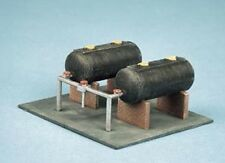 Ratio 315 - Oil Tanks with Supports & Pipes Building - 'N' Gauge Plastic Kit 1st