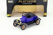 Ford Model T Runaboult Baujahr 1925 blau 1:24 MotorMax