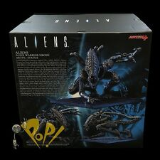 Aliens WARRIOR Alien DRONE ArtFX + Vinyl STATUE Figure KOTOBUKIYA 1/10 Scale New