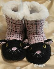 KENSIE PLUSH ANIMAL SLIPPERS BOOTIES PINK CAT POM POM  SMALL 5-6 NEW