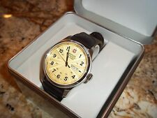 NEW $325 mens WENGER YELLOW DIAL TERRAGRAPH Quartz WATCH 79204