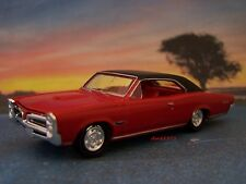 1966 66 PONTIAC GTO TRI POWER COLLECTIBLE DIECAST MODEL - 1/64 SCALE DIORAMA