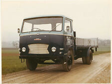 BMC DIESEL AUSTIN TRUCK COLOUR PHOTOGRAPH.