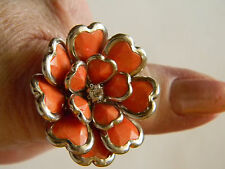 Jewelry cocktail ring orange & silver sculpted flower stretch metal band