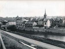 VARENNES-EN-ARGONNE c. 1950 - Les Maisons  Le Clocher  L'Aire  Meuse  - Div 5478