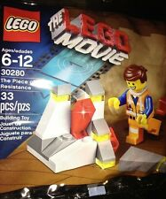 LEGO Movie Promo The Piece of Resistance (30280) 33 Pcs. +  4 Movie Posters New