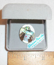 ALASKA FINEST QUALITY CAMEO PIN/BROOCH W/INLAID ABALONE SHELL & MOTHER-OF-PEARL