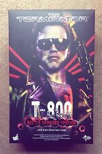 Hot Toys MMS 238/T1 T8BD The Terminator T-800 Battle Damaged Action Figure