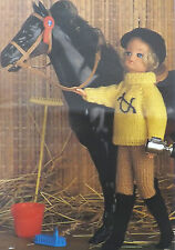 Sindy/Barbie Knitting Pattern vintageteen/doll Jodhpur Maglione Cappello & Boots e6754