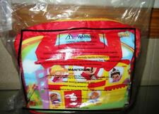 2015  JOLLIBEE lunch box house kit water container New