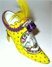 LIMOGES BOX - YELLOW SHOE & FLOWERS & DOVES - ROSES - BRAID & ROSETTE & FEATHERS