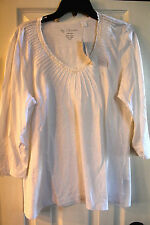 Chico's Pintuck V-neck beaded 3/4 sleeve blouse size 3 NWT