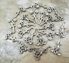 20 Pewter Charms -CHEERLEADER with POM POMS- 5451