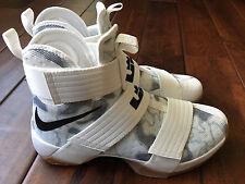 Nike ID Zoom Soldier 10 X Lebron James CAMO size 10.5 #885682-991