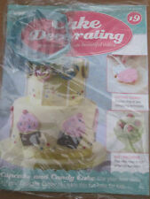 Deagostini Cake Decorating Magazine ISSUE 19 WITH METAL CUPCAKE BISCUIT CUTTER