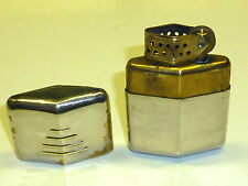 EVERLITE POCKET WICK LIGHTER WITH WINDSHIELD - FEUERZEUG - WW2 - MADE IN CANADA