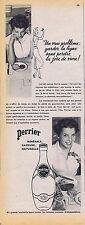 PUBLICITE ADVERTISING 035 1953 PERRIER eau minérale gazeuse