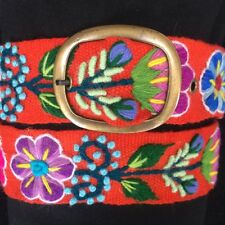 Women's embroidered Peruvian wool belt. Hand made in Peru. Free shipping.