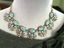 NWT New Anthropologie-like Turquoise Crystal Matte Gold Tone Statement Necklace