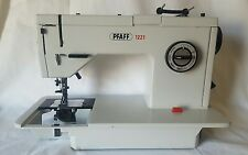 Pfaff 1221 Sewing Machine